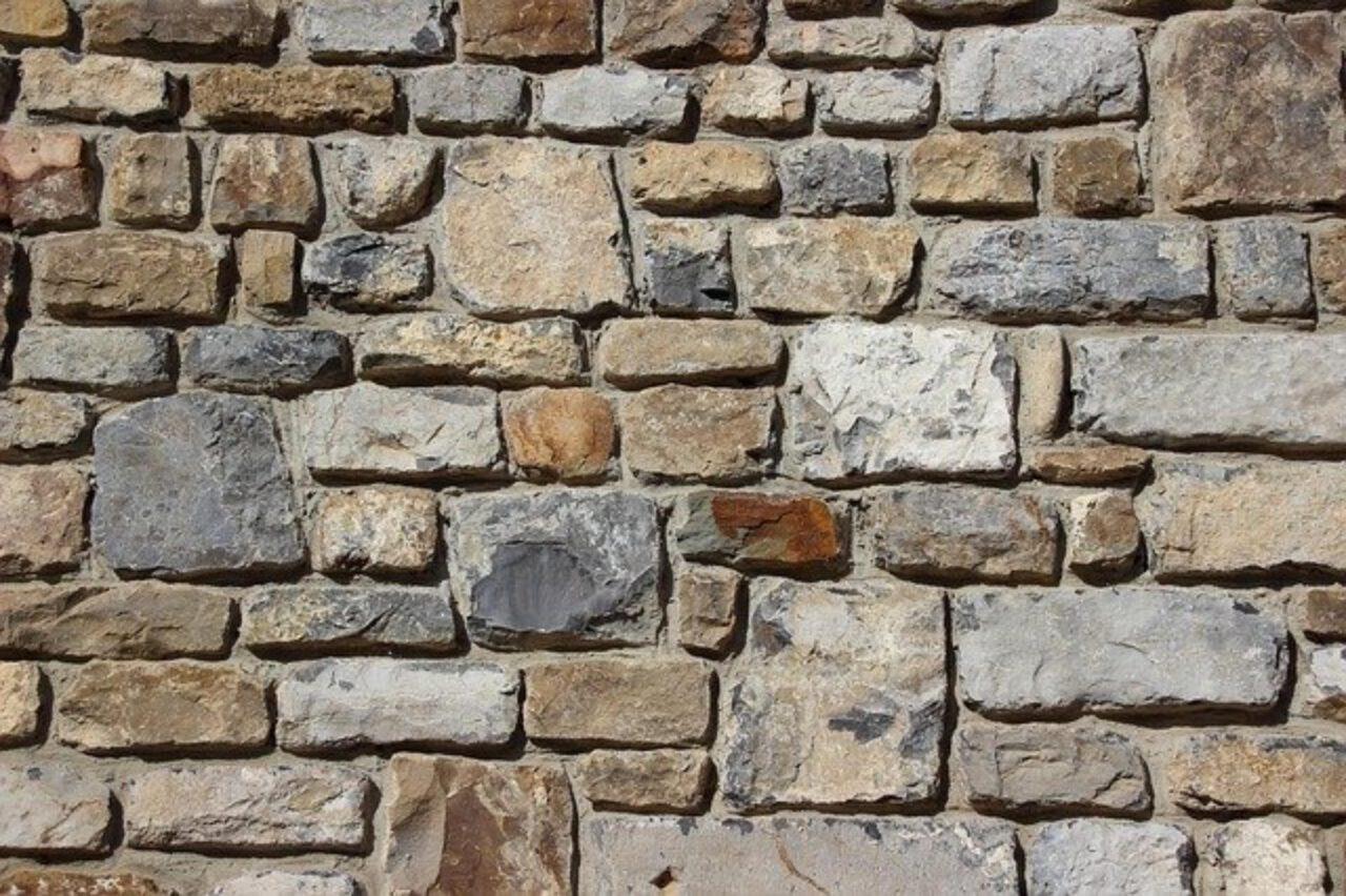Kamień murowy w Twojej nieruchomości
