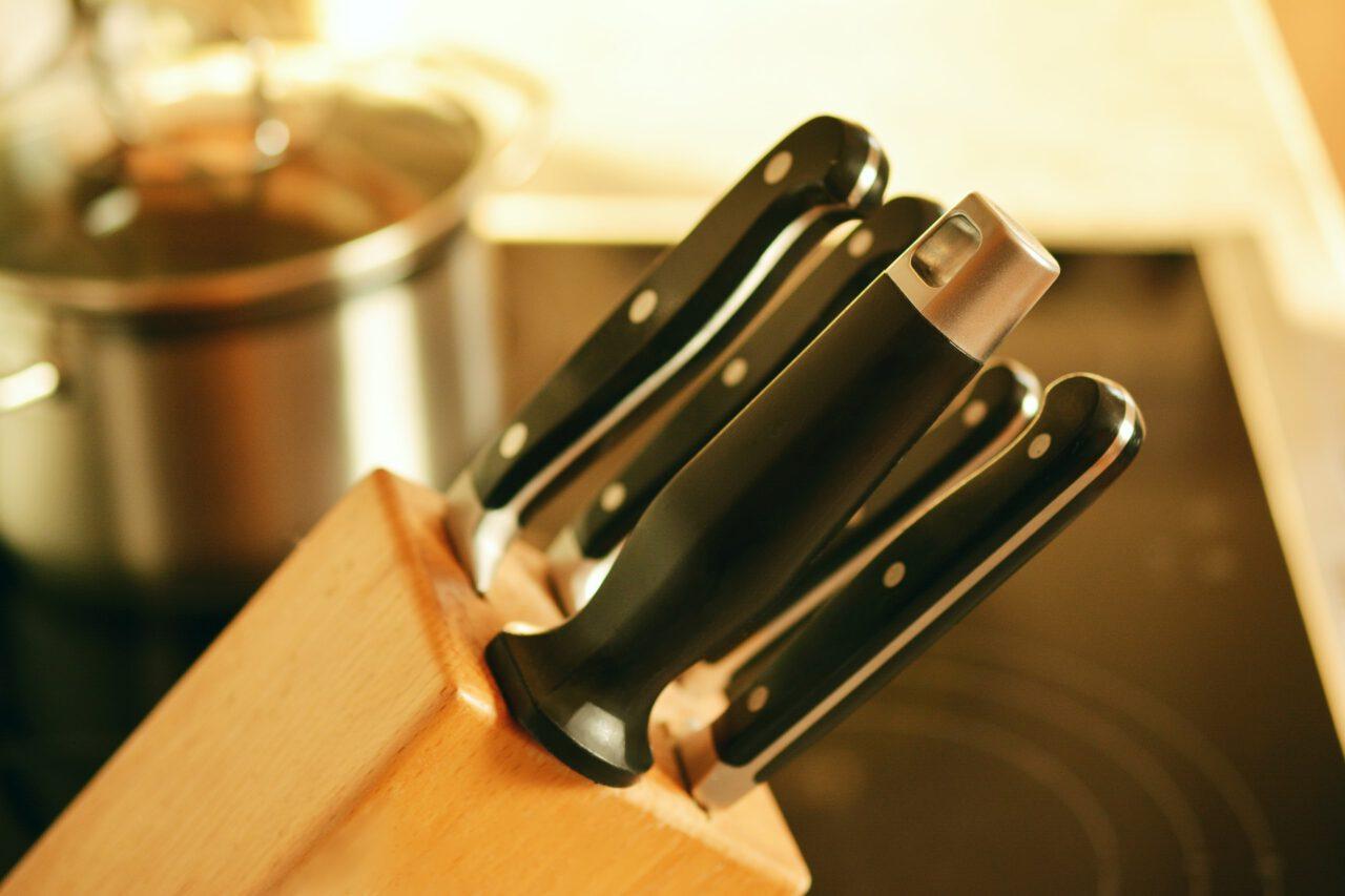 Ile noży przyda się w kuchni?